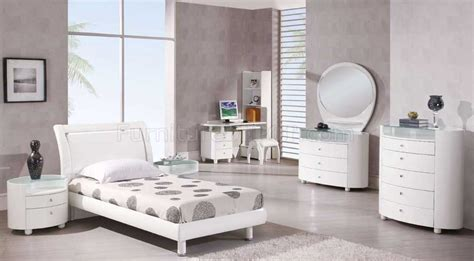 cute bedroom furniture cute bari bedroom furniture greenvirals style
