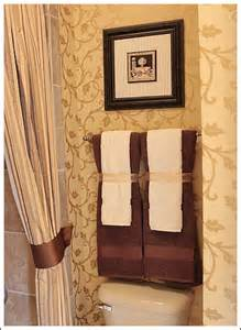 bathroom towel decorating ideas 4 essential tips to accessorizing a beautiful bathroom