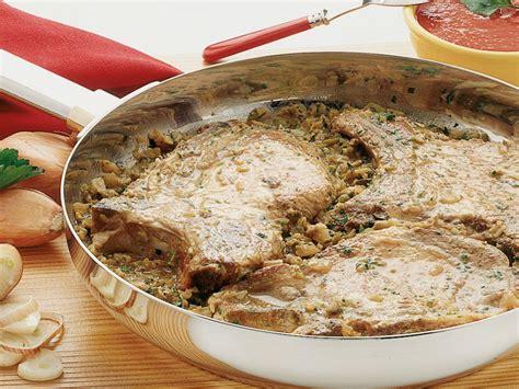 come cucinare le braciole di maiale come preparare le braciole di maiale sale pepe