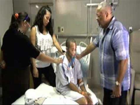 imagenes orando por enfermos pastor solano ministrando en los hospitales visitando