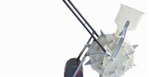 Blade Penyiang Gulma alat tanam jagung benih saam cp04 santoso advance