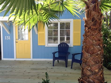 cozy island style cottage home in key west key west cozy and key cozy adorable key west style beach cottage vrbo