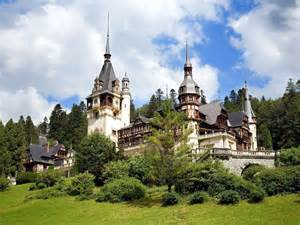 historical castles top 20 famous castles and palaces in the world most