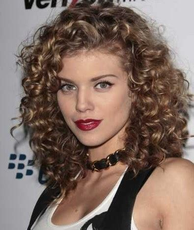 hairstyles for naturally curly hair round face 25 stunning hairstyles for curly hair