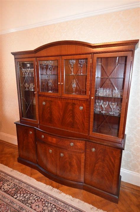 stag sheridan dining room suite extending mahogany table