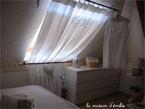 Comment Mettre Un Rideau Sur Un Velux by Ordinary Comment Mettre Un Rideau Sur Un Velux 14 Sur