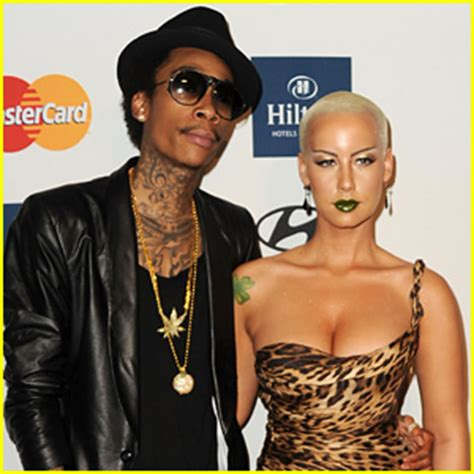 amber rose cheated on wiz khalifa with her driver amber rose reportedly walked in on wiz khalifa cheating