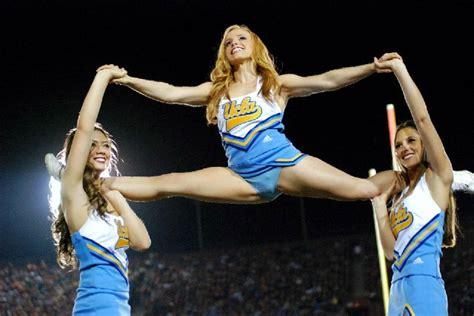 college cheerleader wardrobe accidents list of 20 embarrassing cheerleader wardrobe malfunction
