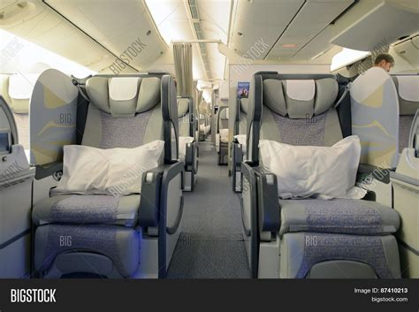 Boeing 777 Vip Interior by Boeing 777 Interior Class Www Pixshark Images Galleries With A Bite