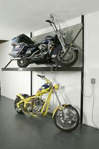 Garage Bike Lift by Motorcycle Garage Storage Lift Woodworking Projects Plans