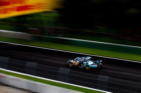 Ferrari Qualifying by Ferrari Lead Thrilling Gt Qualifying For Pole In Mexico