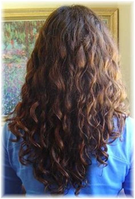 is v shaped layered look good for curly hair 1000 images about short hair hair cut possibilities on