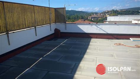 isolamento terrazzo emejing isolante per terrazzi ideas idee arredamento