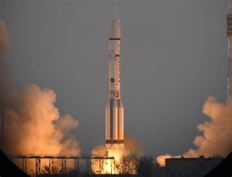 Russian Proton by Russia S Proton Rocket Which Predates Apollo Will