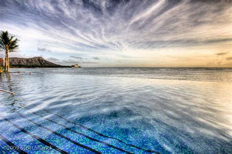 sheraton waikiki infinity pool 30 jaw dropping infinity pools from around the world
