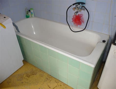 in the bathtub file common bathtub jpg wikimedia commons