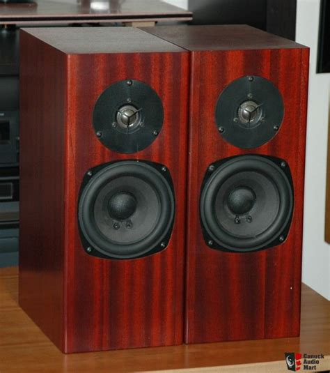 Speaker Totem Rokk totem rokk bookshelf speakers photo 201292 canuck audio mart