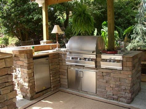outdoor barbecue kitchen designs 25 best ideas about barbecue en on
