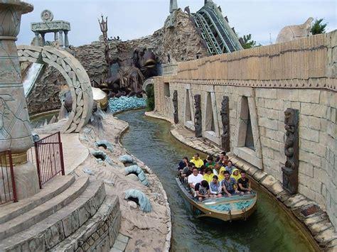 themes parks in italy gardaland amusement park italy pinterest amusement
