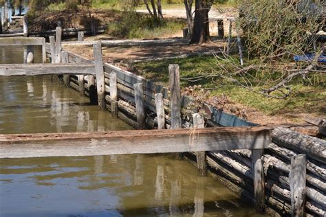 paddle boats mandurah without a paddle anchored houseboat owner told to pack up