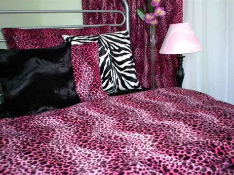 cheetah bedding for bright cheetah bedding in pink color also modern accent bedroom and attractive design style plus