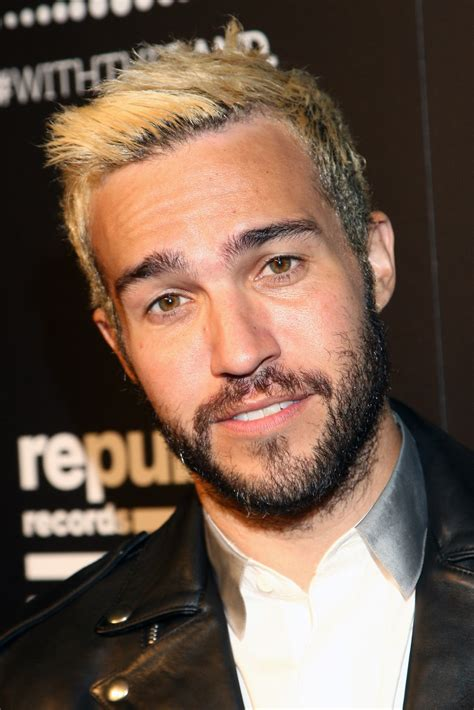 Pete Wentz Gets His Beard On by Pete Wentz In Republic Records Hosts 2015 Vma After