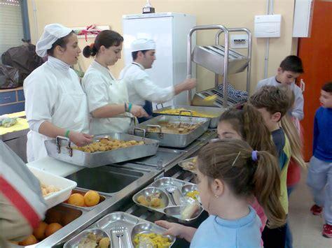 imagenes comedores escolares m 225 s de 80 millones para ayudas y gastos de comedor escolar