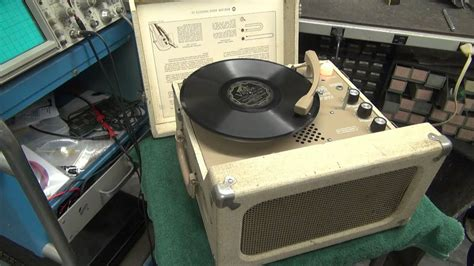 lab electronics vintage newcomb school house record