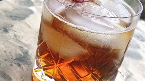 snake bite shot with southern comfort top 10 southern comfort drinks with recipes