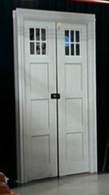 Tardis Interior Door Cushing Phone Door Tardis Builders