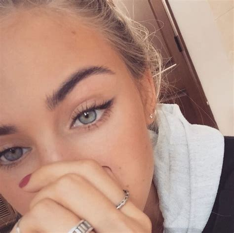 how to soften hair on eyebrows and get them to lay down best 25 winged liner ideas on pinterest how to winged