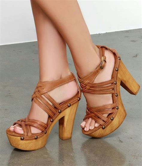 pretty in sandals 296 best images about in wooden sandals on
