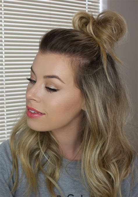 Half Messy Bun | half up messy bun youtube