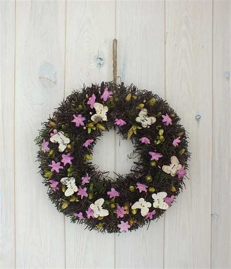 30 wreaths decorating ideas to 30 colorful wreaths adding creative designs to home