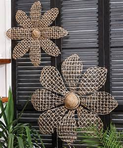 Metal Decorations Outdoor by Best 25 Metal Flowers Ideas On Welding