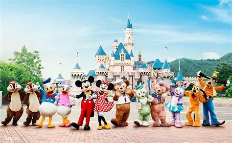 Park Hongkong Family Package hong kong disneyland attractions that aren t just for