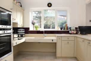Ada Kitchen Cabinets Wheelchair Accessible Kitchen Designs I Amp E Cabinets