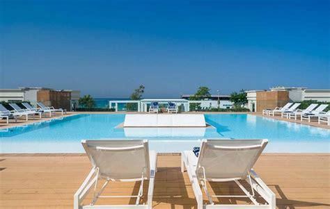 porto cesareo hotel 4 stelle le dune suite hotel hotel per famiglie in puglia its4kids