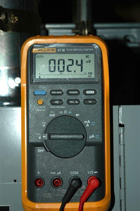 Multitester Fluke 87 file fluke 87 iii true rms multimeter jpg wikimedia commons