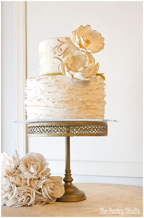 wedding cakes daytona a touch of gold cakes wedding cakes by the pastry