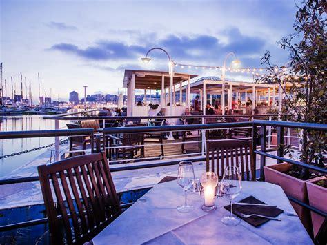 ristorante genova porto antico banano tsunami locale ristorante aperitivi porto