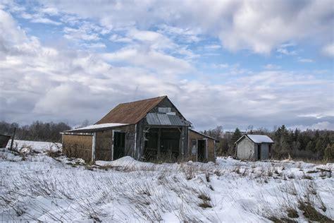 scheune im schnee kostenlose foto landschaft natur berg schnee winter
