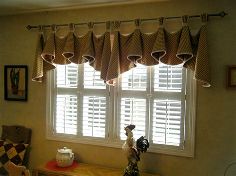 how to make kitchen curtains and valances s kitchen valance sewing projects burdastyle