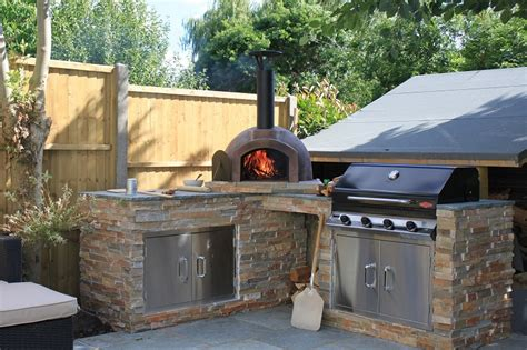 barbecue e forno a legna da giardino forno da giardino a legna tante idee e soluzioni per