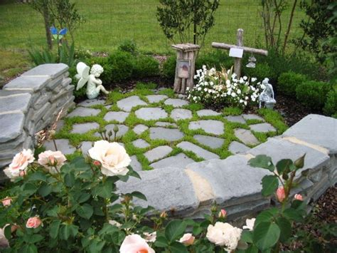 small memorial garden ideas 25 best ideas about memorial gardens on tree