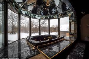 mike tyson gold bathtub mike tyson s derelict ohio mansion is now being