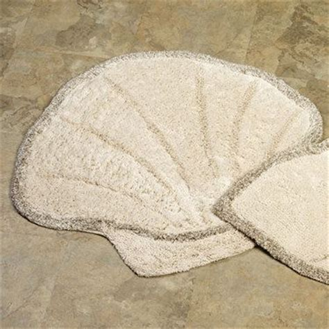 Seashell Bathroom Rug Bath Rugs Scallops And Shells On