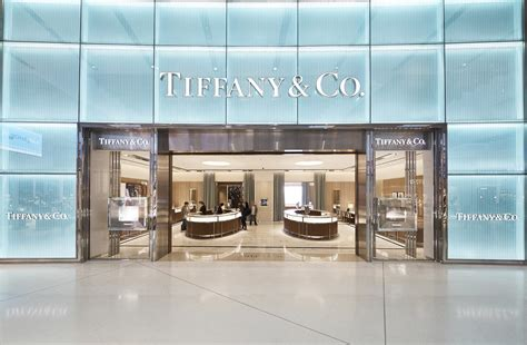Tiffany & Co. bows first Australian airport store   News