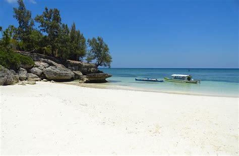Dijamin Liang Teh ini 10 pantai di ambon yang wajib dikunjungi pemudik batos co id