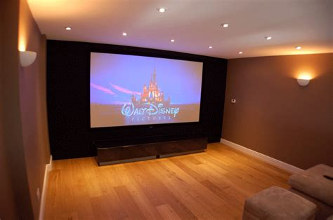 projector screen advice projector screens hertfordshire